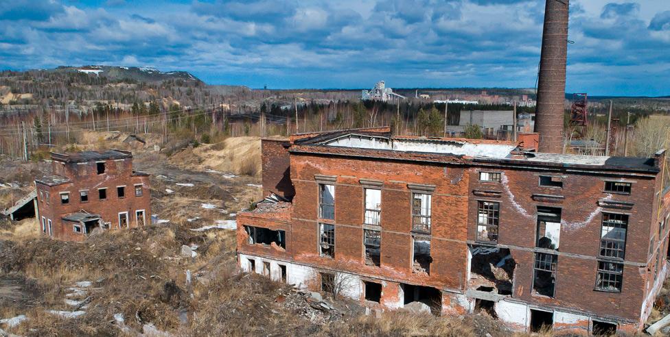 Заброшенная агломерационная фабрика в Кушве.
